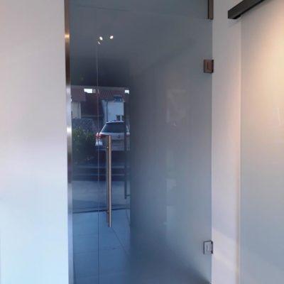 Ganzglastür mit Oberlicht und Seitenteil